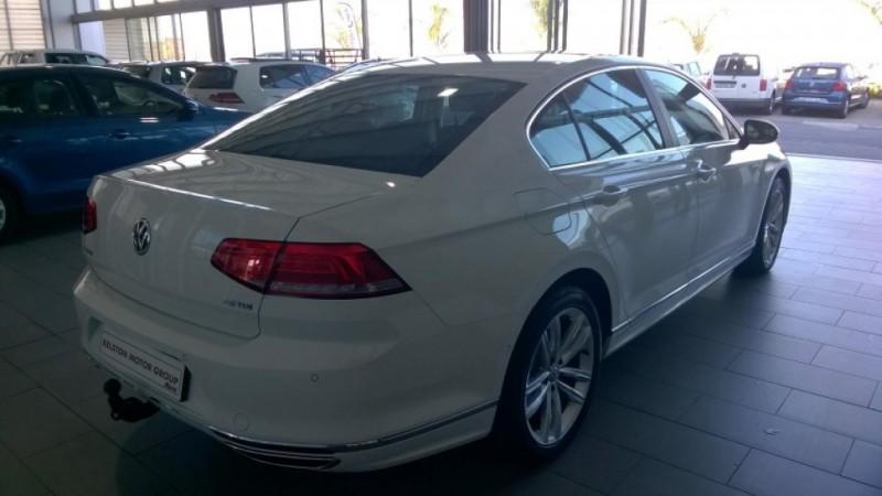 Volkswagen Passat TDI 130kW Luxury