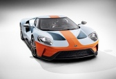 The Ford GT Heritage Edition pays tribute to one of the most famous paint scheme in motorsport