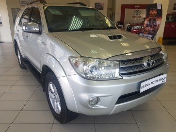 Toyota Toyota Fortuner 3.0D-4D