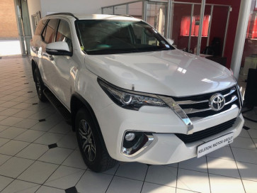 Toyota FORTUNER 2.8 GD6 MANUAL