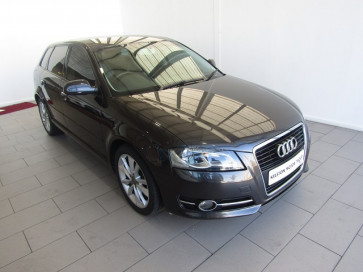 Audi New A3 1.8 T FSI® 3dr Ambition S tronic