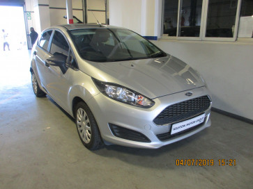 Ford Ford FIESTA 1.4 Ambiente 5 Dr