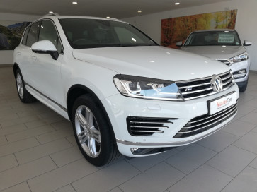 Volkswagen Touareg 250kW V8 Executive