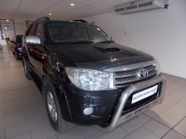 Toyota Fortuner 3.0D RB AT