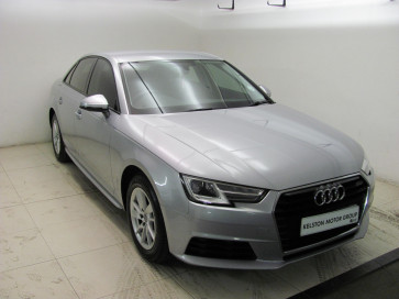Audi A4 Sedan 1.4 TFSI 110kW Base S-Tronic