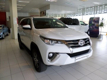 Toyota Fortuner 2,4 GD-6 RB 6AT