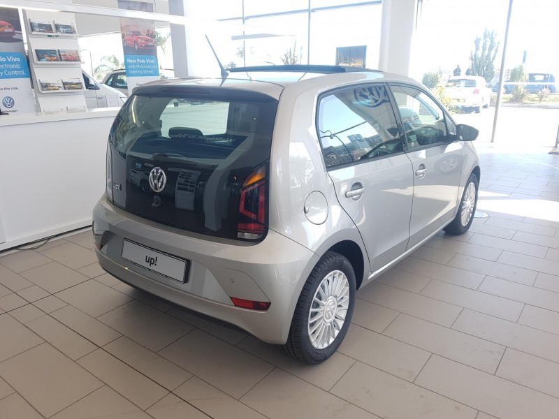 Volkswagen Move up!  55KW 5-door