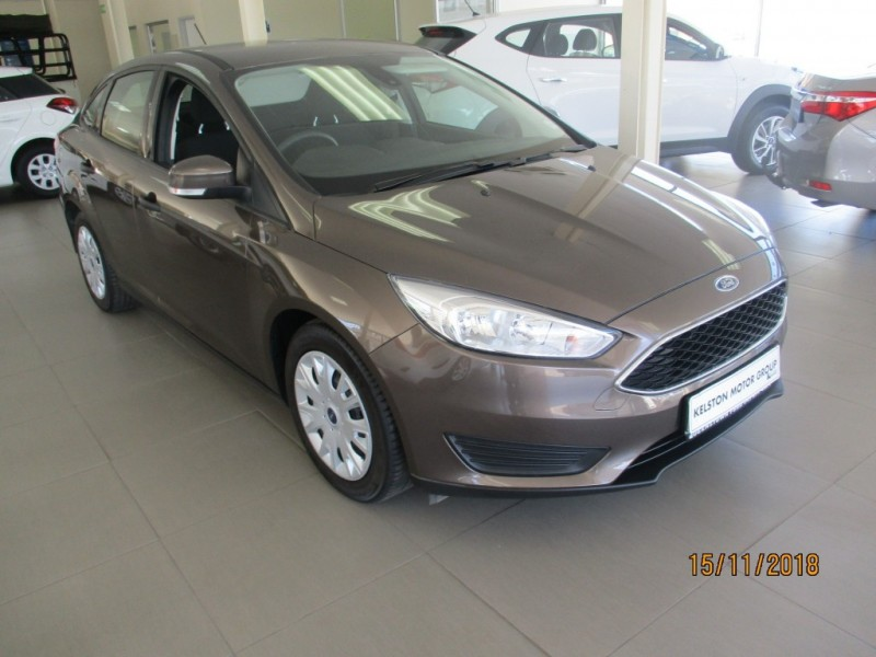 Ford Focus 1.5 TDCi Ambiente 6MT 4DR