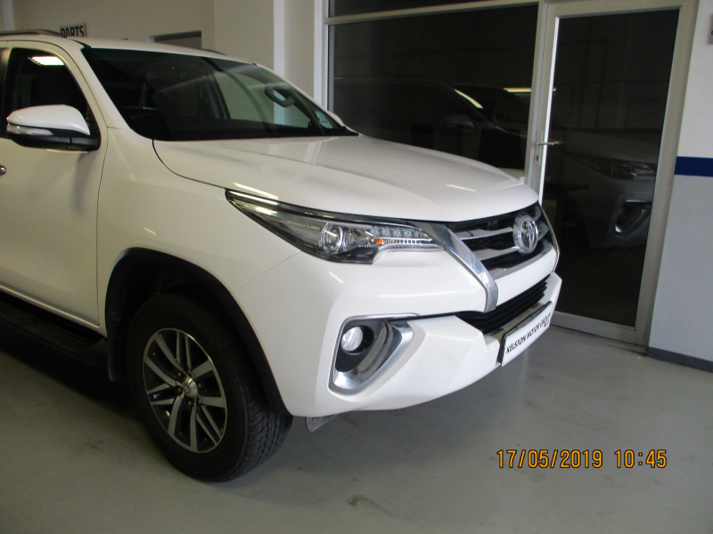 Toyota FORTUNER 2.8gd-6