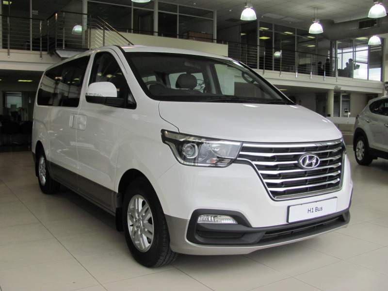 Hyundai H1 2.5 Diesel 12 Seater Elite Bus AT