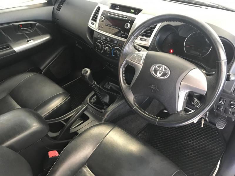Toyota Toyota Hilux 3 0 D4D Legend 45 R/B
