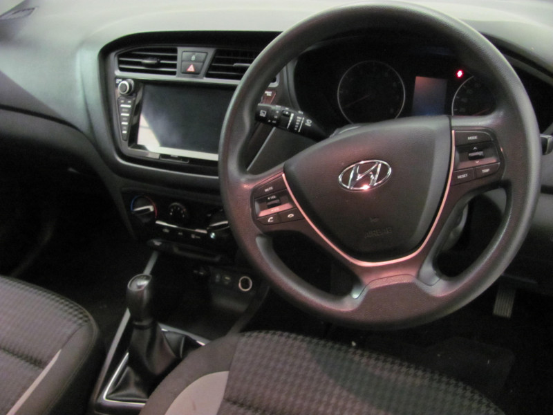 Hyundai i20 1.2 Motion Manual