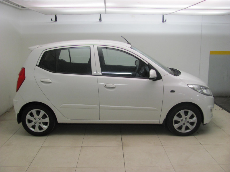 Hyundai i10 1.1 Motion Manual