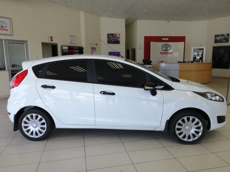Ford 1.4 Ambiente 5Dr