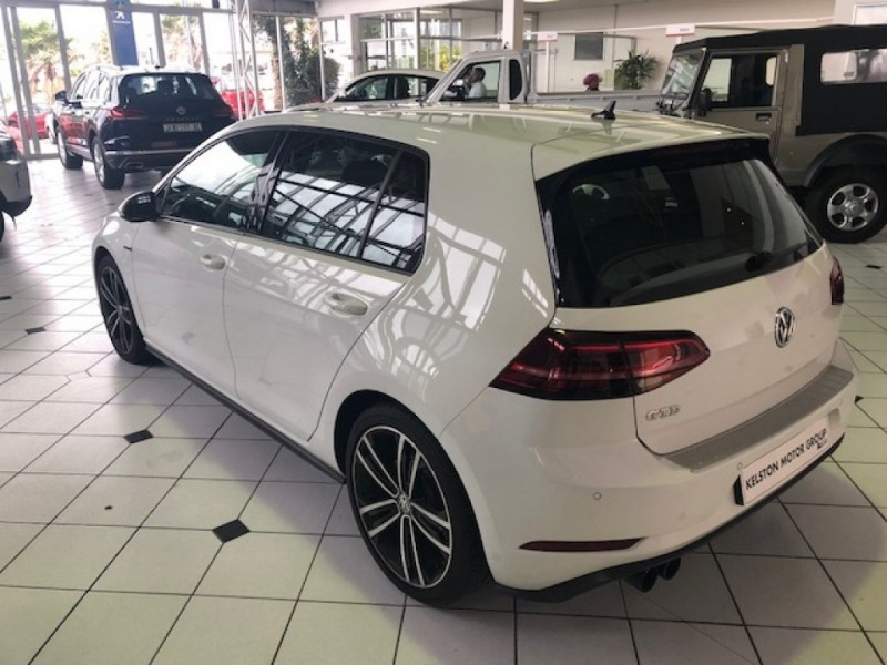 Volkswagen New Golf GTD 130kW DSG