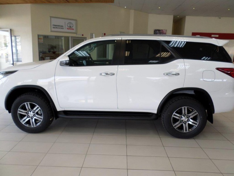 Toyota Fortuner 2,4 GD-6 4X4 6AT